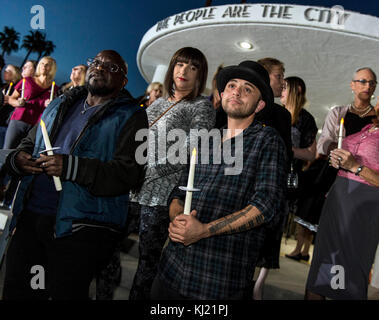 Palm Springs, California, USA. 20th Nov, 2017. A candlelight vigil is held at the Palm Springs City Hall as the - Stock Photo