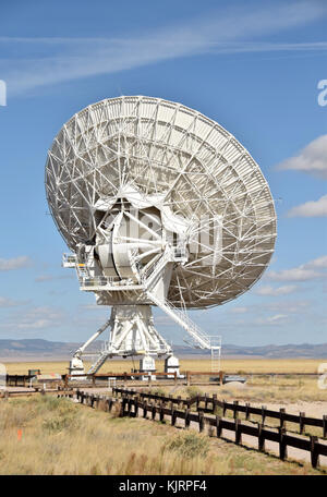 Giant radio telescope dish part of an array in the New Mexico desert - Stock Photo