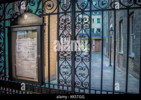 Bevis Marks Synagogue, Heneage Lane, London, EC3, UK - Stock Photo