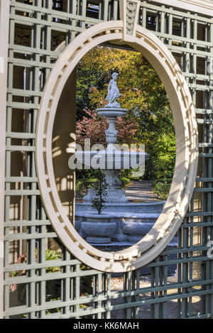 Sleepy Hollow, New York - October 21, 2012: Kykuit, the Rockefeller Estate. A grand mansion that was the Rockefeller - Stock Photo