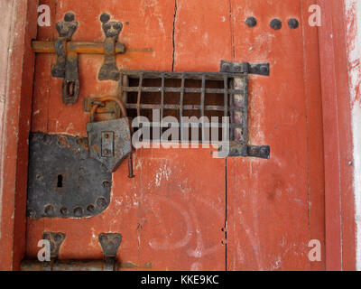 Door of the castle of Dourdan, Essonne, Ile-de-France, France, Europe - Stock Photo