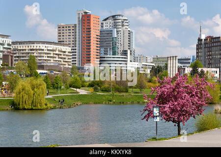 Nepomucký rybník, Hurka, Nove Butovice, Praha, Česká republika / Nepomuk pond, Nove Butonice residential district, - Stock Photo