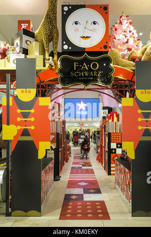Christmas Season at R.H. Macy Flagship Department Store in Herald Square, NYC, USA - Stock Photo