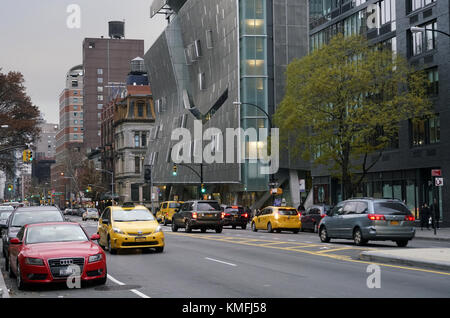 41 Cooper Square the new Cooper Union building designed by Thom Mayne  of Morphosis near Cooper Union square in - Stock Photo