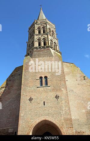 Church Lisle sur Tarn Midi Pyrenees France. - Stock Photo