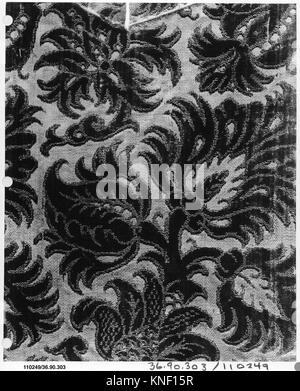Piece. Date: 16th-17th century; Culture: Italian; Medium: Silk; Dimensions: L. 8 1/2 x W. 7 1/2 inches; Classification: - Stock Photo
