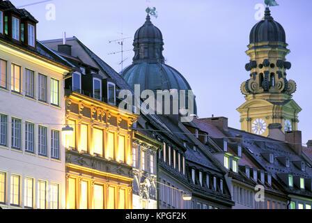 Europe, Germany, Bayern (Bavaria), Munich. Theatiner Strasse - Stock Photo