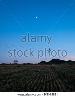 East Lothian, Scotland, United Kingdom. 26th Dec, 2017. A very cold day with clear blue sky ends with lovely sunset - Stock Photo