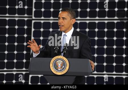 U.S. President Barack Obama speaks to U.S. Air Force soldiers at the Nellis Air Force Base May 27, 2009 in Las Vegas, - Stock Photo