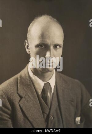 Rockwell Kent, American painter, illustrator and printmaker, c. 1920. He created stylized realist paintings of landscapes - Stock Photo