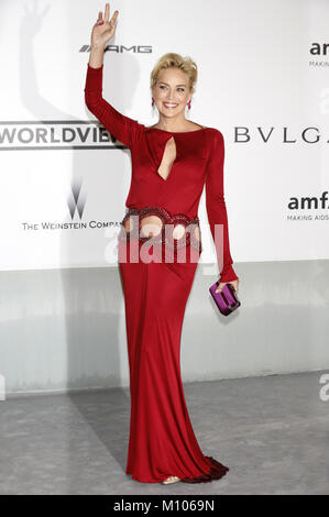 Cannes, France. 22nd May, 2014. Sharon Stone attending the amfAR's 21st Cinema Against Aids Gala at the 67th Cannes - Stock Photo