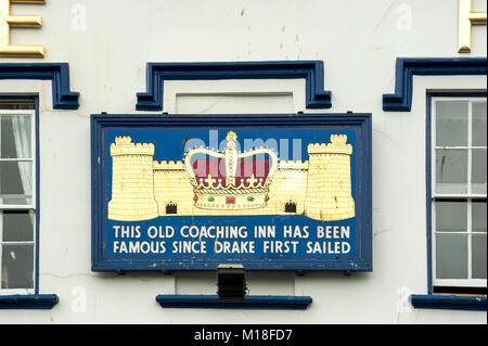 DARTMOUTH, DEVON:  Plaque on the outside of the Royal Castle Hotel - Stock Photo