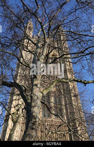 London uk 6th Feb 2018 St Stephens Tower Houses of Parliment London uk  photo credit SANDRA ROWSE/Alamy Live News - Stock Photo