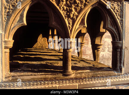 Tomb of Thomas de Cantilupe, in Hereford Cathedral, England. He was Bishop of Hereford from 1275Ð1282. - Stock Photo