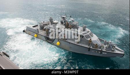 170816-N-AP360-0128 GUAM (Aug. 16, 2017) A Mark VI patrol boat assigned to Coastal Riverine Group (CRG) 1, Detachment - Stock Photo