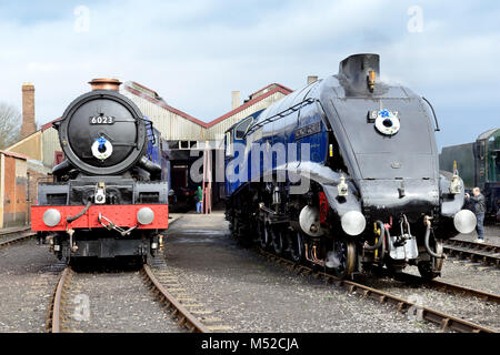Steam locos King Edward II and Sir Nigel Gresley at the 'Once in a Blue Moon' event at Didcot Railway Centre, the - Stock Photo