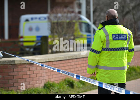 Police Community Support Officer at the scene of a crime. - Stock Photo