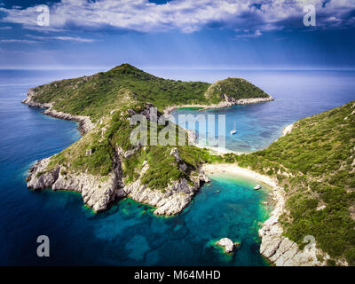 Porto Timoni, on of the hidden beaches of Corfu Island, also known as Kerkyra, near Agios Giorgios beach. Turqoise - Stock Photo