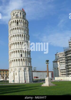 Pisa, Italy, august 2, 2014: The leaning tower in The square of Miracles - Stock Photo