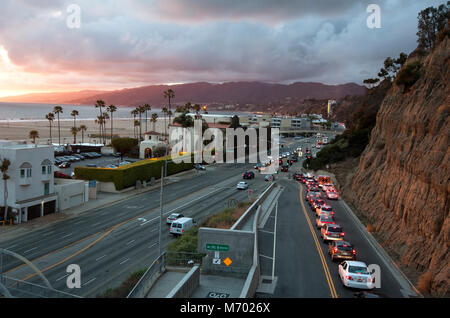 The California Incline connects Santa Monica with the Pacific Coast Highway in Los Angeles, CA - Stock Photo