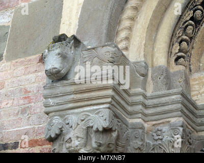 Albugnano(Asti), Piedmont, Italy.Santa Maria di Vezzolano romanesque church - Stock Photo