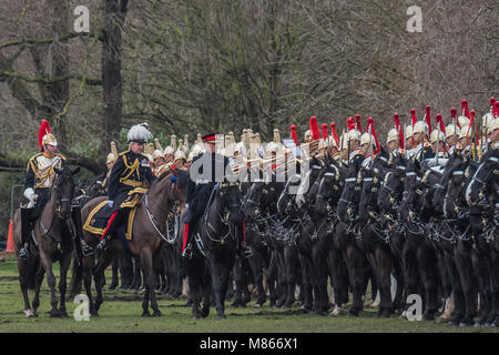 London, UK. 15th March, 2018. Major General Ben Bathurst , in plumed hat, inspects the troops - The Household Cavalry - Stock Photo