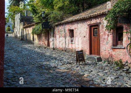 Calle de los Suspiros, old buildings in Colonia del Sacramento, Uruguay - Stock Photo