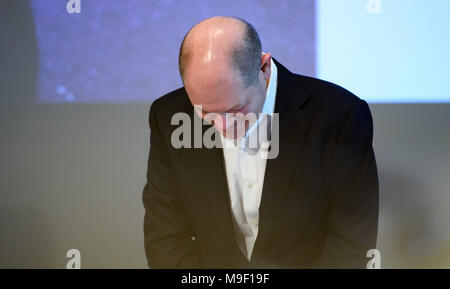 24 March 2018, Germany, Hamburg: Finance Minister Olaf Scholz of the Social Democratic Party (SPD) bows after giving a speech at a special regional meeting of his party. Photo: Daniel Reinhardt/dpa - Stock Photo