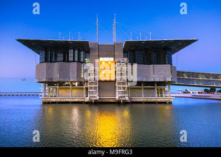 LISBON - JUNE 22, 2009: View of Lisbon Oceanarium, the second largest oceanarium in the world and the biggest in Europe. It is located in the Parque d - Stock Photo