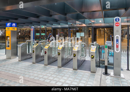 Chip gates at Delft central station for entrance railway platforms - Stock Photo