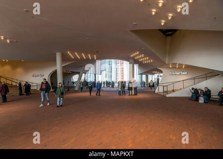 Besucher in der Elbphilharmonie, Freie Hansestadt Hamburg, Deutschland |  Visitors at the Elbe Philharmonic Hall, Plaza, Hamburg, Germany, Europe - Stock Photo