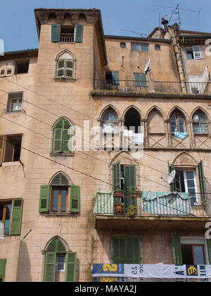 House facade with out hanging laundry, old town of Grasse, Alpes-Maritimes, South France, France, Europe - Stock Photo