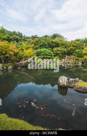 Japanese life, landscapes and temples Photo: Alessandro Bosio/Alamy - Stock Photo