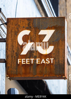 93 Feet East in Brick Lane Shoreditch East London - 93 Feet East is a bar and nightclub in the former Truman brewery on London's lively Brick Lane. - Stock Photo