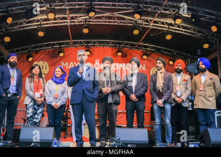 London UK. 28th Aril 2018. Londo Mayor Sadiq Khan attends Vaisakhi festival in Trafalgar Square which celebrates Sikh and Punjabi tradition, heritage and culture Credit: amer ghazzal/Alamy Live News - Stock Photo