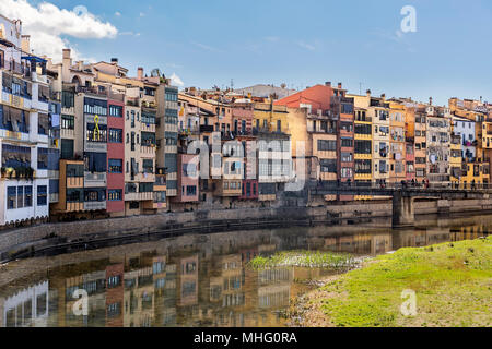 Colorful houses in the historical jewish quarter in Girona, Catalonia - Stock Photo
