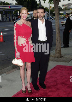 Antonio Banderas and wife Melanie Griffith arriving at The World Premiere of Original Sin at the Director Guild Theatre in Los Angeles July 31, 2001             -            BanderasAnt_GriffithMel01.JPG           -              BanderasAnt_GriffithMel01.JPGBanderasAnt_GriffithMel01  Event in Hollywood Life - California,  Red Carpet Event, Vertical, USA, Film Industry, Celebrities,  Photography, Bestof, Arts Culture and Entertainment, Topix Celebrities fashion /  from the Red Carpet-, Vertical, Best of, Hollywood Life, Event in Hollywood Life - California,  Red Carpet , USA, Film Industry, Cel - Stock Photo
