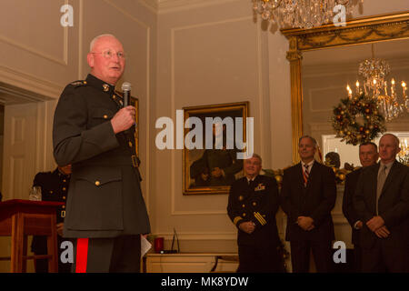U.S. Marine Corps Lt. Gen. James B. Laster, director, Marine Corps Staff, gives remarks during his retirement ceremony at the House of the Commandants, Marine Barracks Washington, Washington, D.C., Nov. 20, 2017. Laster served in the Marine Corps for thirty-eight years. (U.S. Marine Corps photo by Lance Cpl. Paul A. Ochoa/Released) - Stock Photo