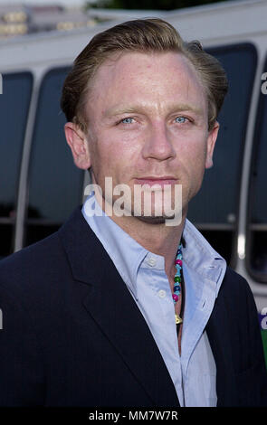 Daniel Craig arriving at the Lara Croft: Tomb Raider premiere at the Westwood Village Theatre  in Los Angeles  June 11, 2001  CraigDaniel02.jpgCraigDaniel02 Red Carpet Event, Vertical, USA, Film Industry, Celebrities,  Photography, Bestof, Arts Culture and Entertainment, Topix Celebrities fashion /  Vertical, Best of, Event in Hollywood Life - California,  Red Carpet and backstage, USA, Film Industry, Celebrities,  movie celebrities, TV celebrities, Music celebrities, Photography, Bestof, Arts Culture and Entertainment,  Topix, headshot, vertical, one person,, from the year , 2001, inquiry tsu - Stock Photo