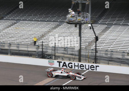 Indianapolis, Indiana, USA. 12th May, 2018. WILL POWER (12) of Australia crosses the finish line to win the IndyCar Grand Prix at Indianapolis Motor Speedway Road Course in Indianapolis, Indiana. Credit: Chris Owens Asp Inc/ASP/ZUMA Wire/Alamy Live News - Stock Photo