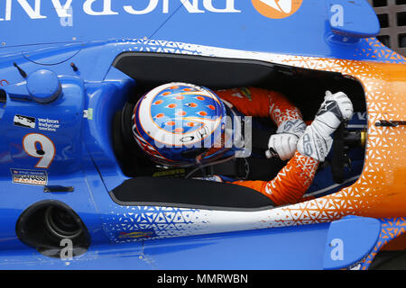 Indianapolis, Indiana, USA. 12th May, 2018. SCOTT DIXON (9) of New Zealand drives to the podium after the IndyCar Grand Prix at Indianapolis Motor Speedway Road Course in Indianapolis, Indiana. Credit: Chris Owens Asp Inc/ASP/ZUMA Wire/Alamy Live News - Stock Photo