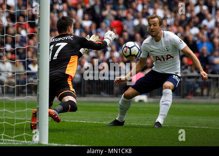 London, UK. 13th May, 2018. Harry Kane of Tottenham Hotspur ¨ in action. Premier League match, Tottenham Hotspur v Leicester City Wembley Stadium in London on Sunday 13th May 2018.  this image may only be used for Editorial purposes. Editorial use only, license required for commercial use. No use in betting, games or a single club/league/player publications . pic by Steffan Bowen/Andrew Orchard sports photography/Alamy Live news - Stock Photo