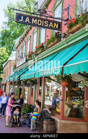 Quebec City Canada Rue Saint Jean J. A. Moisan Grocer gourmet food established 1871 - Stock Photo