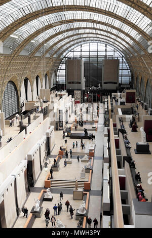 People visitors visiting the Musée d'Orsay art gallery in Paris France  KATHY DEWITT - Stock Photo