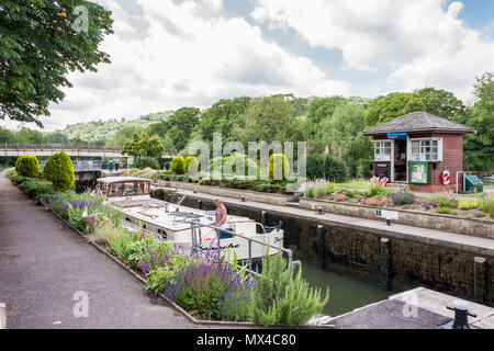 Goring Lock on the River Thames, Goring-on-Thames, Oxfordshire, England, GB, UK - Stock Photo