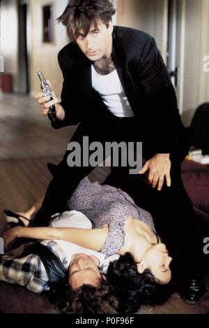 Original Film Title: THE GETAWAY.  English Title: THE GETAWAY.  Film Director: ROGER DONALDSON.  Year: 1994.  Stars: ALEC BALDWIN; JENNIFER TILLY; MICHAEL MADSEN. Credit: LARGO ENTERTAINMENT/UNIVERSAL / WALLACE, MERIE W. / Album - Stock Photo