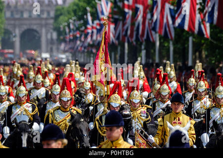 The Blues and Royals of the Household Calvary, Sovereign's Escort at Trooping the Colour and Queens Birthday Parade on Saturday 9 June 2018 in Buckingham Palace , London. Pictured: The Blues and Royals of the Household Calvary, Sovereign's Escort, return from Horseguards Parade. Picture by Julie Edwards. Credit: Julie Edwards/Alamy Live News - Stock Photo