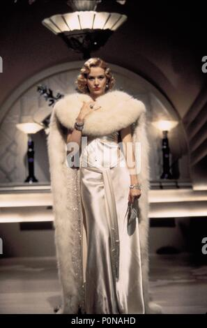 Original Film Title: THE SHADOW.  English Title: THE SHADOW.  Film Director: RUSSELL MULCAHY.  Year: 1994.  Stars: PENELOPE ANN MILLER. Credit: UNIVERSAL PICTURES / NELSON, RALPH / Album - Stock Photo