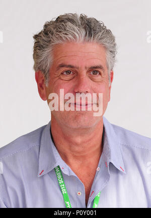 Miami Beach, FL, USA. 26th Feb, 2018. CNN host and celebrity chef and CNN's 'Parts Unknown' host Anthony Bourdain at the Whole Foods Grand Tasting Village at the 2012 South Beach Wine and Food Festival on February 26, 2012 in Miami Beach, Florida. Anthony Bourdain Died: June 8, 2018, at the age of 61 at Strasbourg, France. commit suicide by hanged himself with bathrobe belt. Credit: Mpi10/Media Punch/Alamy Live News - Stock Photo