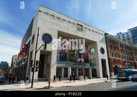Jean-Noel Desmarais Pavilion of the Montreal Museum of Fine Arts,designed by architect Moshe Safdie. - Stock Photo